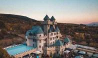 Игра Спечели нощувка за двама в еко къщичка или стая в един от красивите замъци в Огняново