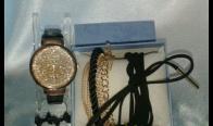Игра Спечелете този комплект, включващ: часовник, обеци, гривна и чокър