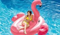 Игра Спечели това огромно надуваемо розово фламинго