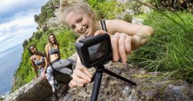 През лятото валят подаръци: Играй и спечели GoPro Hero 7
