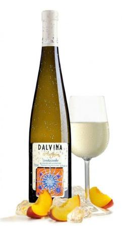 Спечели бутилка вино DALVINA