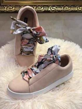 Спечели тези обувки