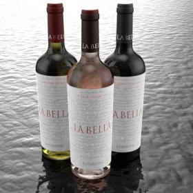 Спечели 3 бутилки вино LA BELLA